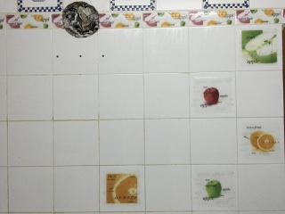 Our glorious kitchen walls displaying healthy snack options.
